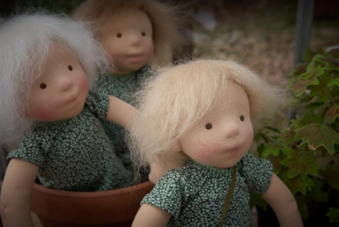 The Snowdrop Sisters | three dolls by Atelier Björkåsa